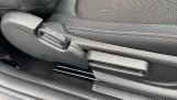 2021 MINI 3-door One Classic (Black) - Image: 23
