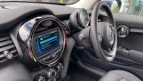 2021 MINI 3-door One Classic (Black) - Image: 29