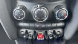 2021 MINI 3-door One Classic (Black) - Image: 36