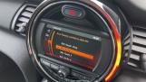 2021 MINI 3-door One Classic (Black) - Image: 37