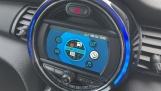 2021 MINI 3-door One Classic (Black) - Image: 38