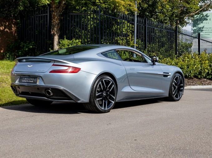 2016 Aston Martin V12 Touchtronic III 2-door (Silver) - Image: 4