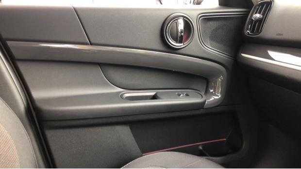 2019 MINI F60 Cooper S E Classic (Silver) - Image: 20