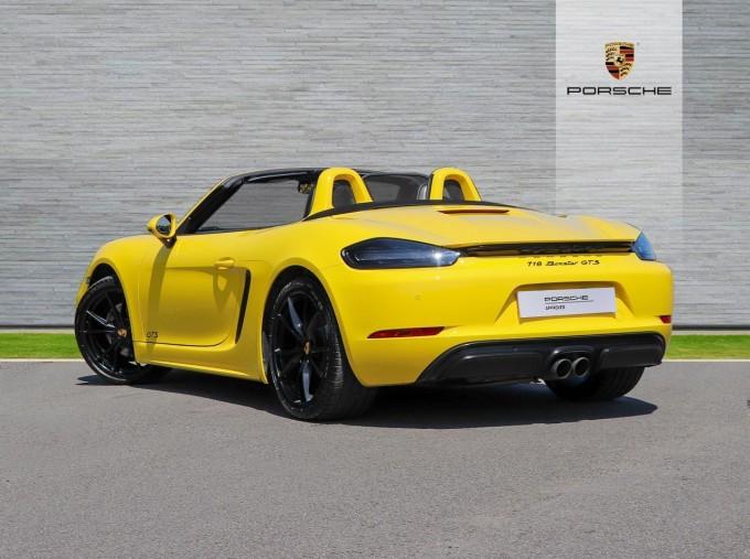 2018 Porsche GTS PDK 2-door (Yellow) - Image: 2
