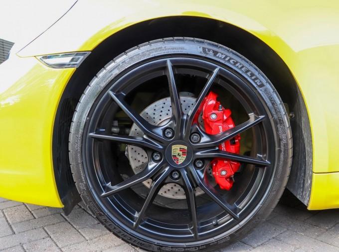 2018 Porsche GTS PDK 2-door (Yellow) - Image: 4