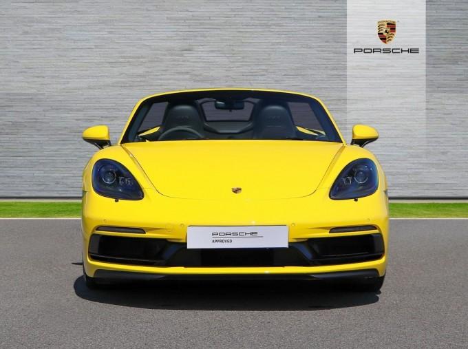 2018 Porsche GTS PDK 2-door (Yellow) - Image: 7