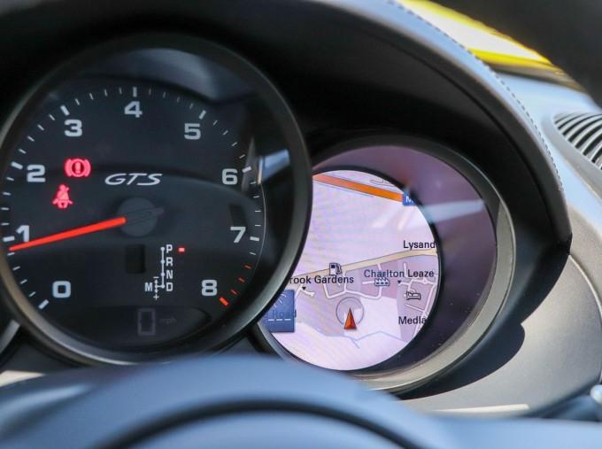 2018 Porsche GTS PDK 2-door (Yellow) - Image: 13