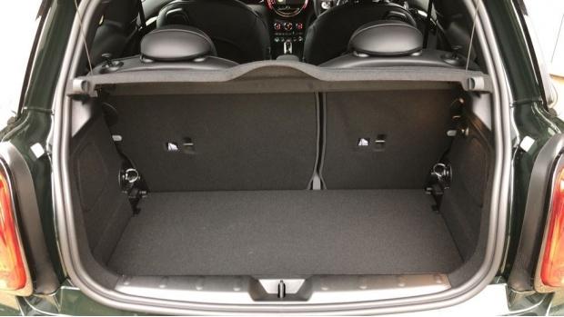2021 MINI John Cooper Works GP Hatchback 3-door Petrol Steptronic (231 ps) (Green) - Image: 13