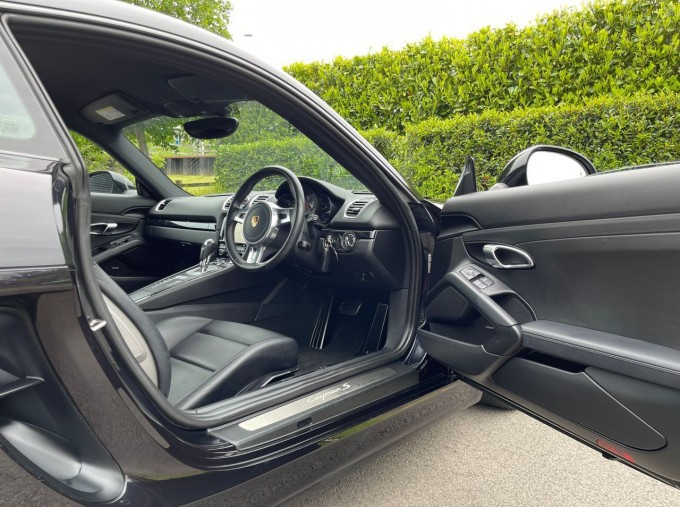 2016 Porsche 981 S PDK 2-door (Black) - Image: 24