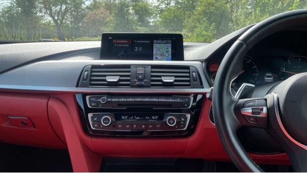2018 BMW 420d M Sport Coupe (Black) - Image: 8