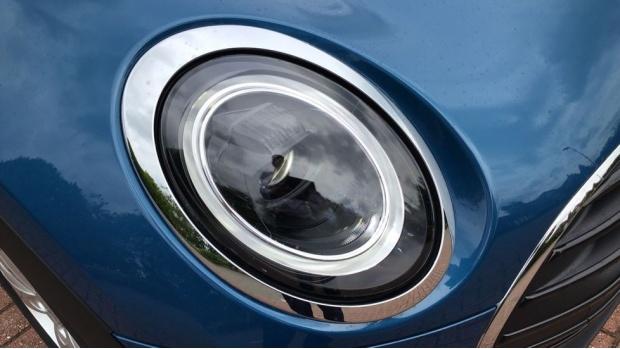 2021 MINI Cooper Classic (Blue) - Image: 22