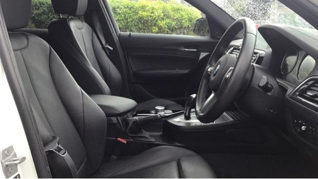 2019 BMW 118i M Sport Shadow Edition 5-door (White) - Image: 11