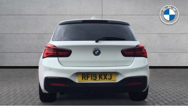 2019 BMW 118i M Sport Shadow Edition 5-door (White) - Image: 15