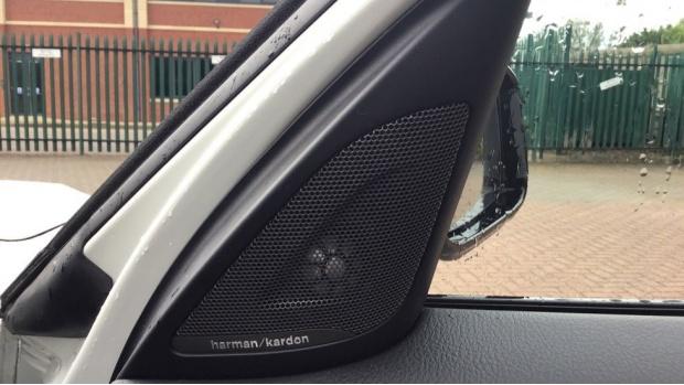 2019 BMW 118i M Sport Shadow Edition 5-door (White) - Image: 20