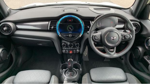 2020 MINI 5-door Cooper S Sport (White) - Image: 4