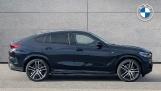 2021 BMW XDrive40d M Sport (Black) - Image: 3