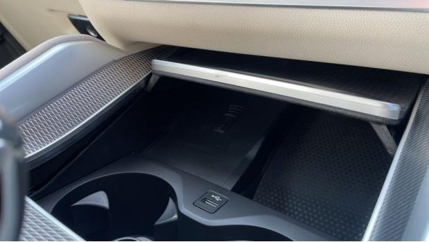 2021 BMW XDrive40d M Sport (Black) - Image: 26