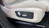2021 BMW XDrive40d M Sport (Black) - Image: 27