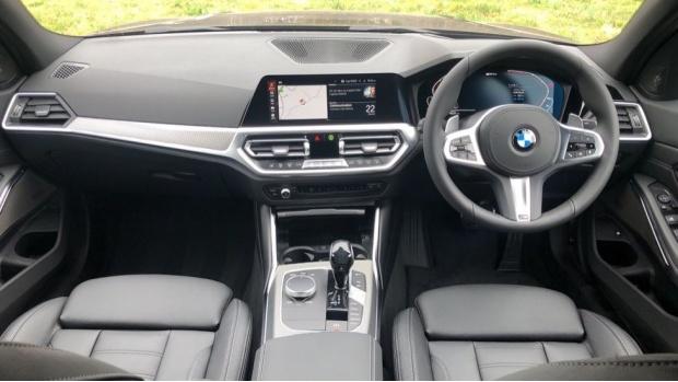 2021 BMW 330e M Sport Saloon (Black) - Image: 4