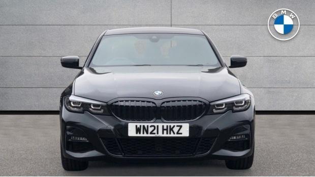 2021 BMW 330e M Sport Saloon (Black) - Image: 16