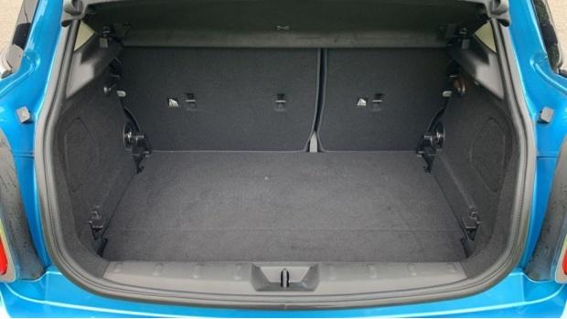 2015 MINI 5-door Cooper D (Blue) - Image: 13
