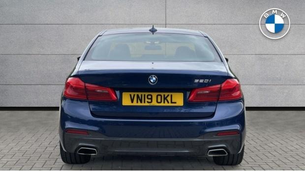 2019 BMW 520i M Sport Saloon (Blue) - Image: 15