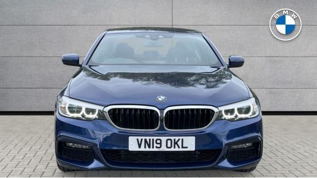 2019 BMW 520i M Sport Saloon (Blue) - Image: 16
