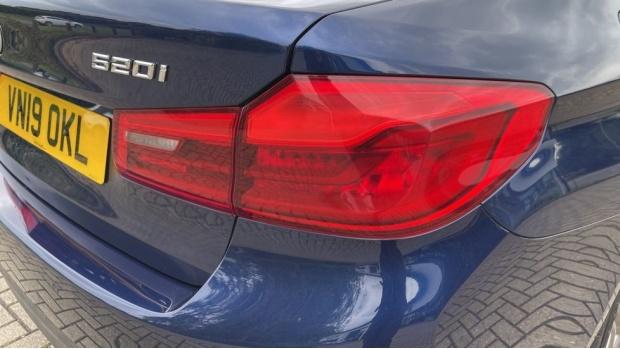 2019 BMW 520i M Sport Saloon (Blue) - Image: 21