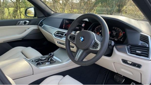 2021 BMW XDrive30d M Sport (Blue) - Image: 6