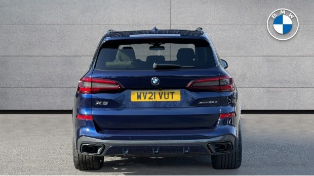 2021 BMW XDrive30d M Sport (Blue) - Image: 15
