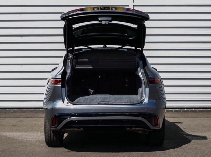 2021 Jaguar P400e 17.1kWh R-Dynamic SE Auto 5-door (Grey) - Image: 14