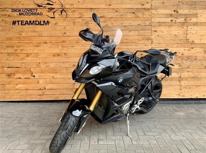 2019 BMW S1000XR Unlisted Unknown (Black) - Image: 3