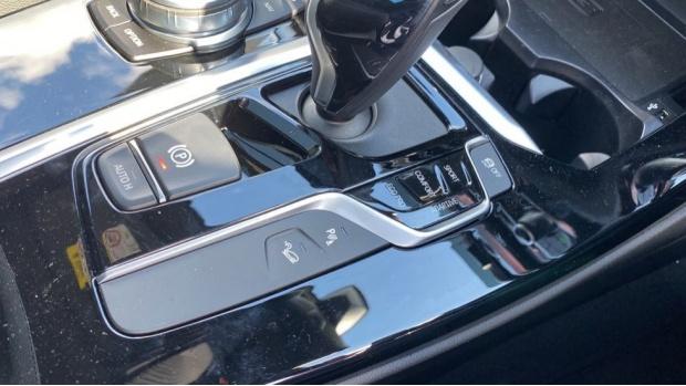 2021 BMW XDrive20d M Sport (Grey) - Image: 19