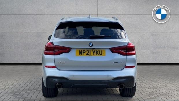 2021 BMW XDrive20d M Sport (Silver) - Image: 15