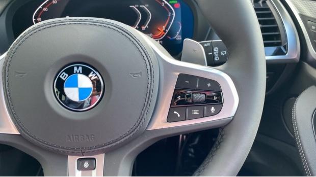 2021 BMW XDrive20d M Sport (Silver) - Image: 18