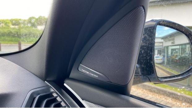 2021 BMW XDrive20d M Sport (Silver) - Image: 20