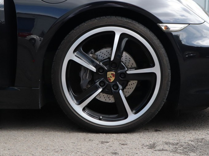 2016 Porsche 981 Black Edition PDK 2-door (Black) - Image: 4