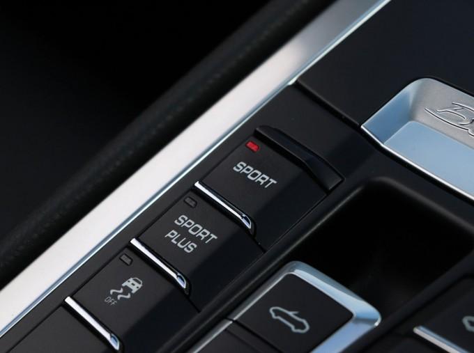 2016 Porsche 981 Black Edition PDK 2-door (Black) - Image: 22