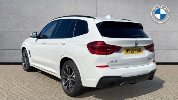 2021 BMW XDrive20d M Sport (White) - Image: 2