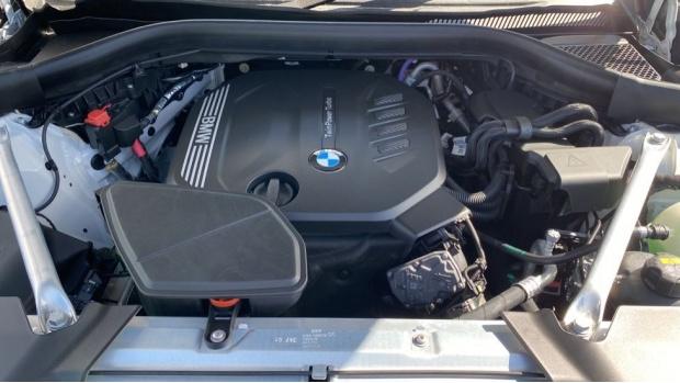 2021 BMW XDrive20d M Sport (White) - Image: 27