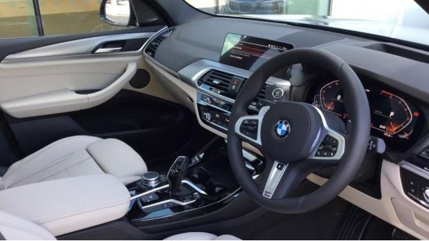 2021 BMW XDrive20i M Sport (Blue) - Image: 6