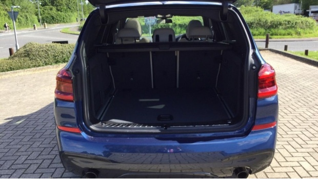 2021 BMW XDrive20i M Sport (Blue) - Image: 13
