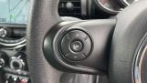 2019 MINI 5-door One Classic (Black) - Image: 17