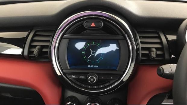 2020 MINI 5-door Cooper Sport (Red) - Image: 8