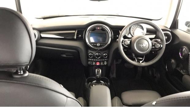 2020 MINI 3-door Cooper Exclusive (Silver) - Image: 4