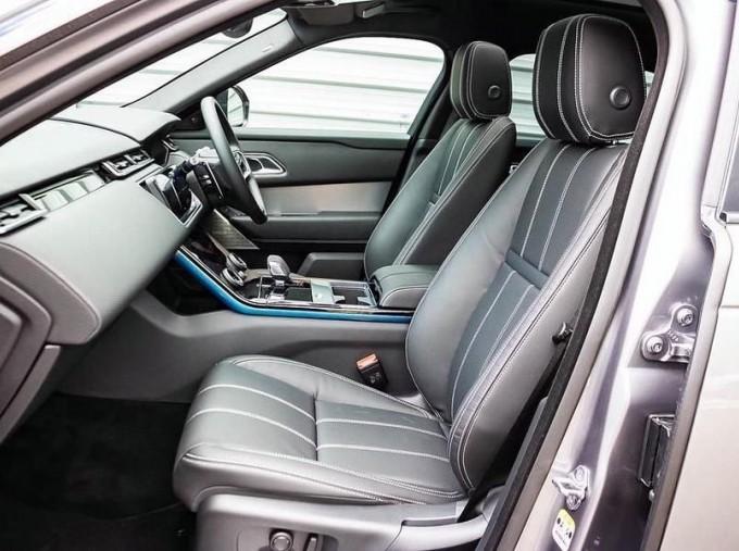 2021 Land Rover D300 MHEV R-Dynamic SE Auto 4WD 5-door (Grey) - Image: 3
