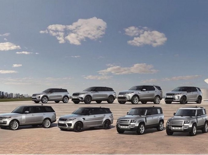 2018 Land Rover TD4 Landmark Auto 4WD 5-door (Grey) - Image: 5