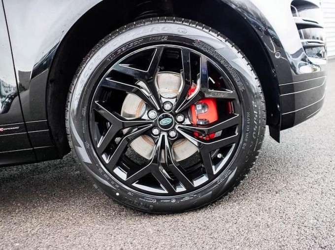 2021 Land Rover D200 MHEV R-Dynamic SE Auto 4WD 5-door (Black) - Image: 8