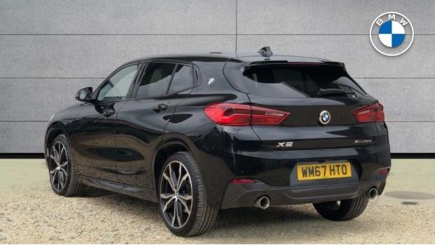 2018 BMW XDrive20d M Sport (Black) - Image: 2