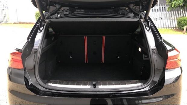 2018 BMW XDrive20d M Sport (Black) - Image: 13